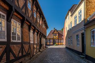 Old houses in Ribe, Jutland, Denmark, Europeの写真素材 [FYI02707147]