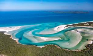 Hill Inlet, turquoise waters, Whitsunday Islandの写真素材 [FYI02707190]