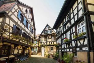 Engelgasse alley, Gengenbach, Kinzig, Ortenau, Blackの写真素材 [FYI02707227]