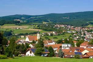 Parish church St. Augustinus, Viechtach, Bavarian Forestの写真素材 [FYI02707236]