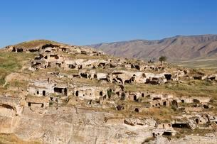 Ruins on the fortress hill of Kale, Hasankeyf, Batmanの写真素材 [FYI02707260]