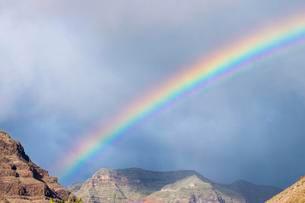 Rainbow, Valle Gran Rey, La Gomera, Canary Islands, Spainの写真素材 [FYI02707361]