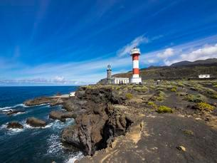 Old and new lighthouse at Faro de Fuencaliente, Losの写真素材 [FYI02707367]