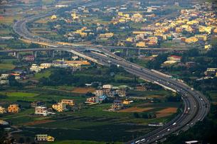 Birdeye view of the Town in Shuangfeng Cihuitang; Tongluo; Miaoli; Taiwanの写真素材 [FYI02707479]