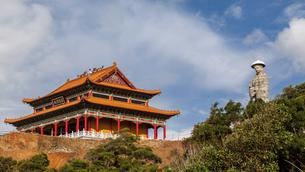 Feilong Temple in Dongping Fishing Port,Yangjiang, Guangdong, Chinaの写真素材 [FYI02707561]