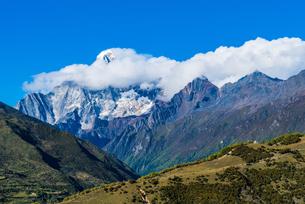 Overlooking of Meili Snow Mountainの写真素材 [FYI02707588]