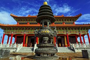 Feilong Temple in Dongping Fishing Port,Yangjiang, Guangdong, Chinaの写真素材 [FYI02707736]