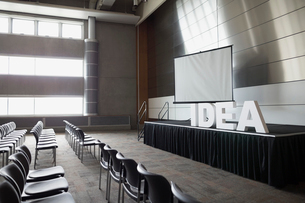 Empty auditorium with Idea letters on stageの写真素材 [FYI02708107]