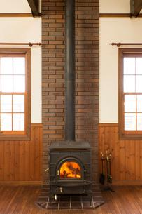 暖炉の写真素材 [FYI02708474]
