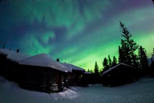 aurora in  Finlandの写真素材 [FYI02708717]
