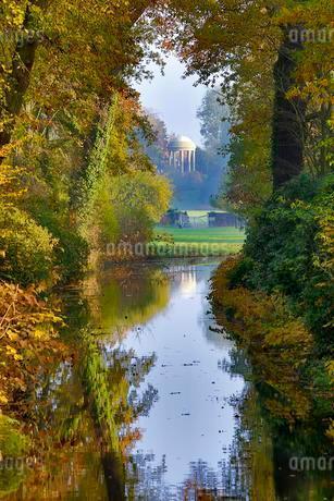Autumn in Worlitzer Park, UNESCO World Heritage Gardenの写真素材 [FYI02708953]
