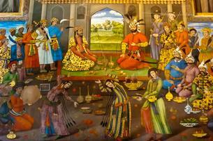 Fresco, banquet with dancing girls, Shah Tahmasp receivesのイラスト素材 [FYI02709012]