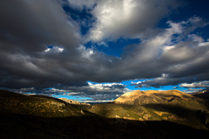 Tibet Changdu Basu terraceの写真素材 [FYI02709465]