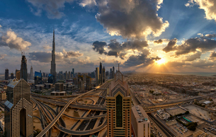 Cityscape of the Dubai, United Arab Emirates, with the Burj Khalifa and other skyscrapers under a clの写真素材 [FYI02709776]