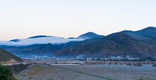 Overlooking of Ganden Sumtseling Monastery; Sungtseling; Guihuasi; Tibetan Buddhist; Yunnan; Chinaの写真素材 [FYI02710394]