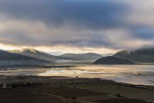 Gray Cloud above the Napa Haiの写真素材 [FYI02710415]