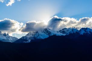 Overlooking of Meili Snow Mountainの写真素材 [FYI02710509]