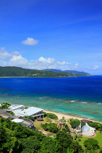 奄美大島 大浜海浜公園より望む東シナ海の写真素材 [FYI02723216]