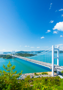 鷲羽山より瀬戸大橋の写真素材 [FYI02723646]