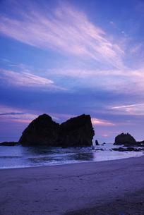 梅ヶ浜の朝の写真素材 [FYI02725755]