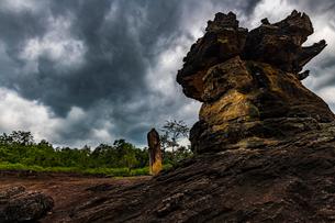 Phu Phra Bat Historical Park, Thailandの写真素材 [FYI02726058]
