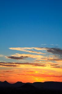 讃岐平野の夕雲の写真素材 [FYI02731819]
