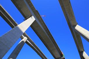 建設中の新名神高速道路の写真素材 [FYI02738147]