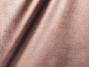 ピンクゴールドの革の写真素材 [FYI02738463]