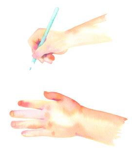 子供の手と鉛筆を持つ手のイラスト素材 [FYI02738784]