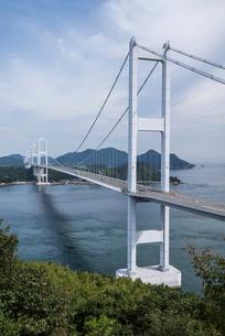 糸山公園展望台より来島海峡大橋を見る風景の写真素材 [FYI02738802]