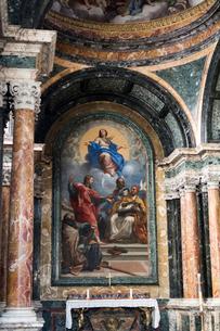 サンタ・マリア・デル・ポポロ教会の写真素材 [FYI02738992]