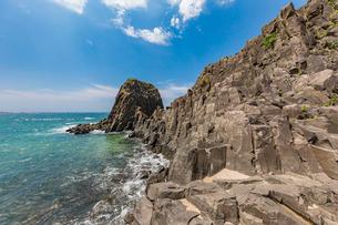 46億年を感じる立岩の写真素材 [FYI02739316]