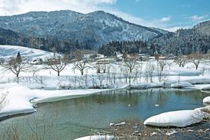 冬の本道寺地区の写真素材 [FYI02739335]