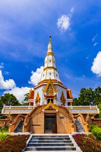 Wat Bunyanusorn, Udon Thani, Thailandの写真素材 [FYI02739705]
