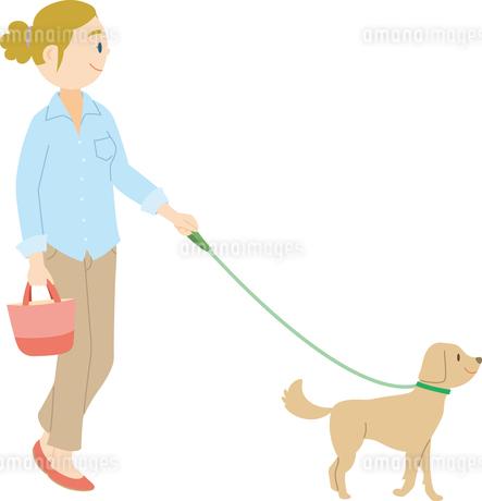 犬を散歩させる欧米系女性のイラスト素材 [FYI02740535]