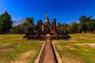 タイ スコータイ シーサッチャナーライ歴史公園の写真素材 [FYI02741295]