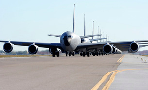 KC-135 Stratotankers in Elephant Walk formation on the runwaの写真素材 [FYI02741653]