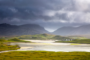 Tranquil view of mountains and water, Uig, Isle of Lewis, Outer Hebridesの写真素材 [FYI02741974]