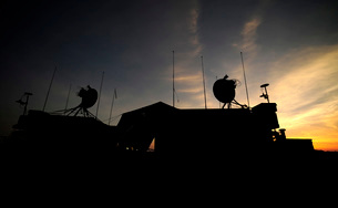A ground control station which operates teh RQ-7B Shadow UAVの写真素材 [FYI02743061]