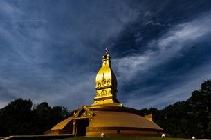 タイ ワット・ノンパポンの写真素材 [FYI02750498]