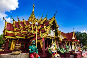 Wat That Mahachai, Nakhon Phanom, Thailandの写真素材 [FYI02750506]