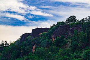 3 Whale Rock, Bueng Kan, Thailandの写真素材 [FYI02750577]