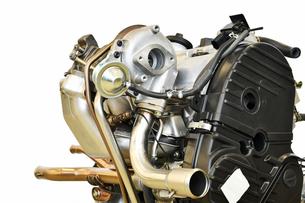 軽自動車のターボエンジンの写真素材 [FYI02799632]
