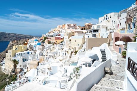 サントリーニ島 ギリシャ イアの街の写真素材 [FYI02810064]