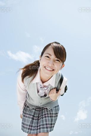 笑顔の女子高生の写真素材 [FYI02812527]