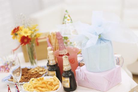 パーティーテーブルの写真素材 [FYI02813591]