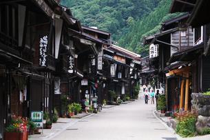 奈良井宿の町並みの写真素材 [FYI02816746]