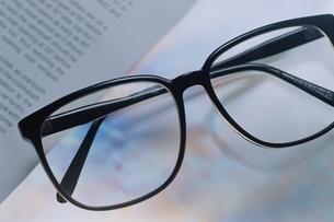 ポラグラフィー(眼鏡)の写真素材 [FYI02817072]