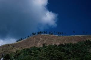 山と空の写真素材 [FYI02818111]