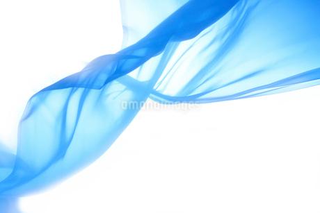 風で揺れる布の写真素材 [FYI02821108]
